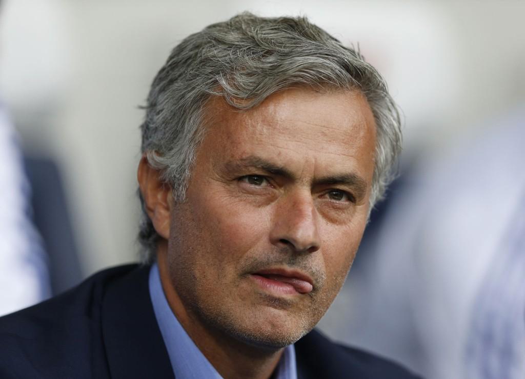 FIKSERT: Jose Mourinho ønsker den forbanna bøtta.