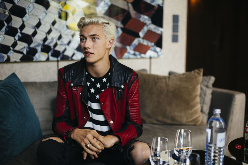 Lucky Blue Smith på Das Stue i Berlin