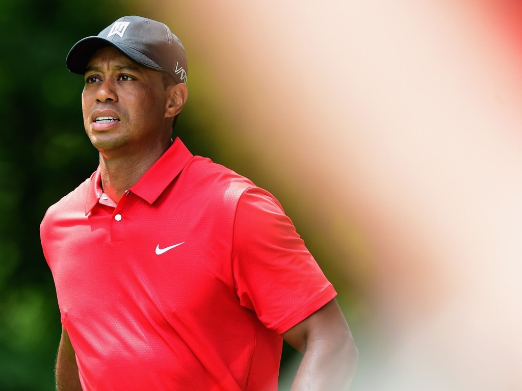 SLUTT FOR I ÅR: Tiger Woods må opereres i ryggen.Her avbildet i Greensboro da han siste spilte turnering for fire uker siden.