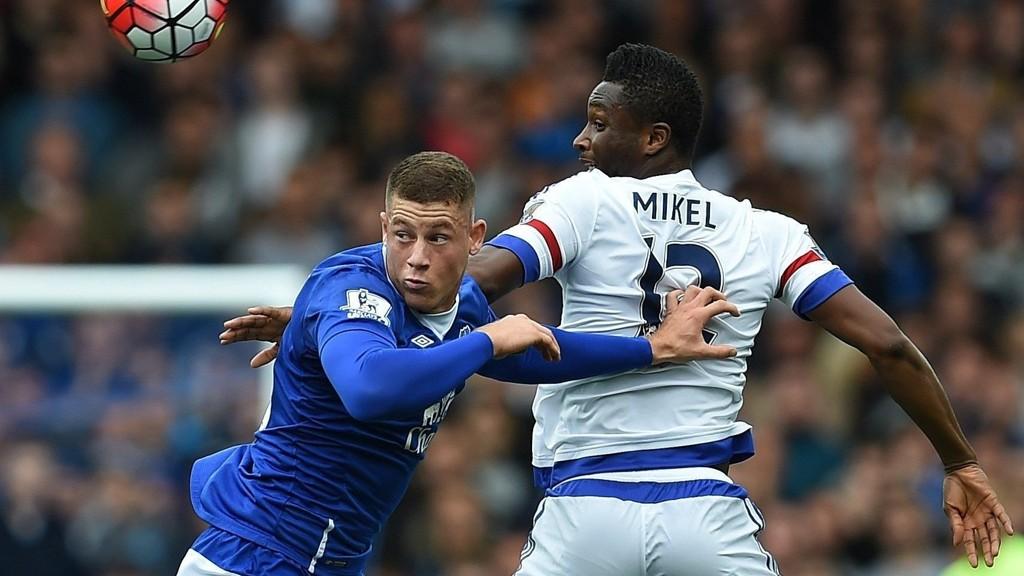 GOD: Evertons Ross Barkley roses opp i skyene.