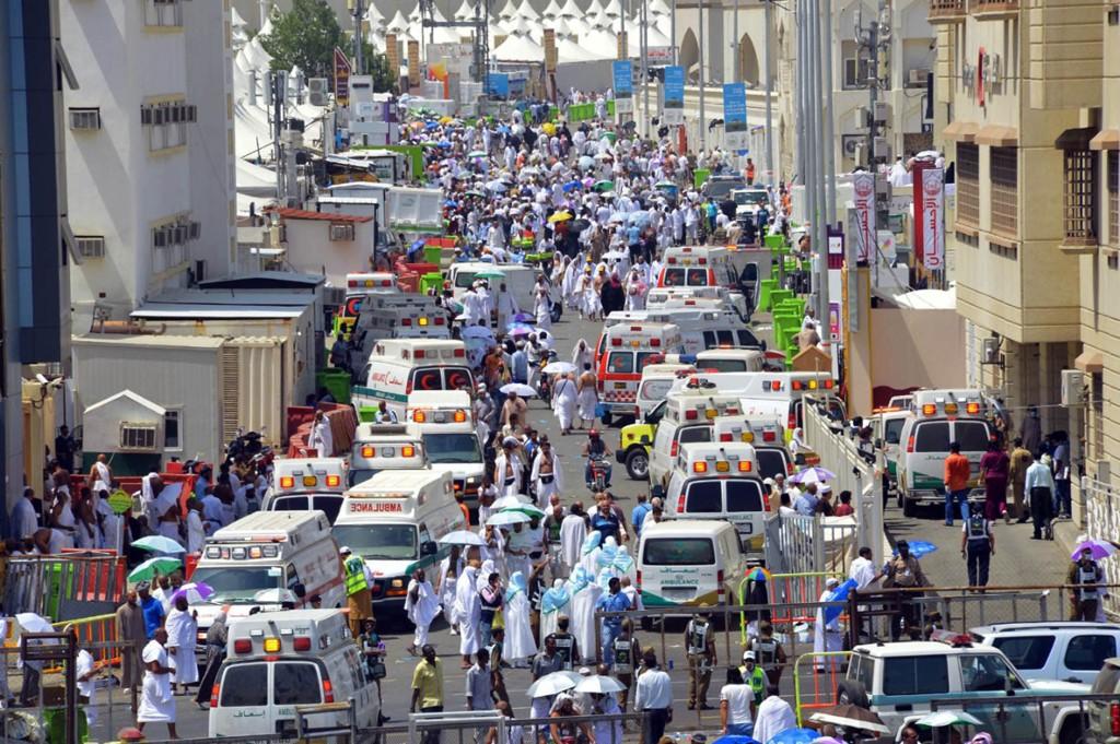 Flere hundre personer er omkommet etter å ha blitt trampet i hjel ved Mekka torsdag. UD vet foreløpig ikke om nordmenn er rammet.