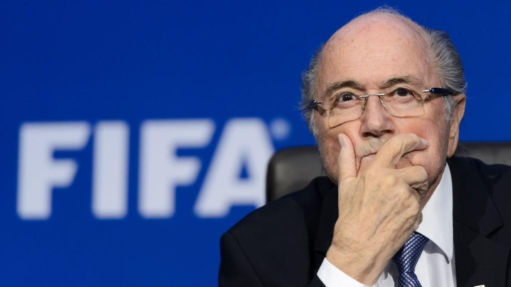 Sepp Blatter avviser alle anklagene.