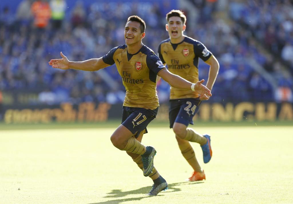 HERO: Alexis Sanchez puttet like godt tre mål mot Leicester i helgen.