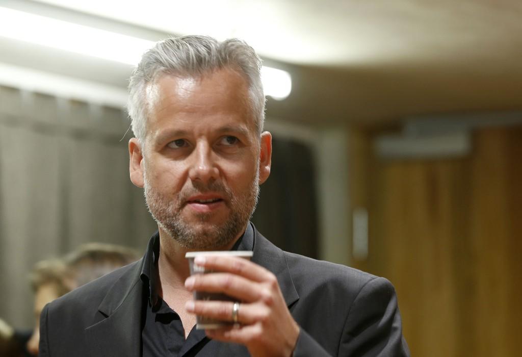 KLAR FOR JEPPE: Ari Behn skal gi oss svaret hvorfor Jeppe drikker.