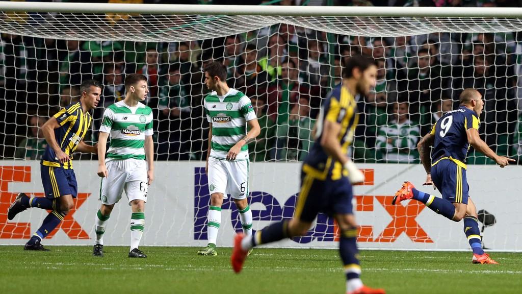 Celtic ledet 2-0, men rotet bort ledelsen mot Fenerbahce.