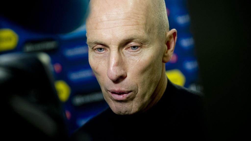 Stabæks trener Bob Bradley intervjues etter sist helgs 1-0 seier hjemme mot Molde. Foto: Jon Olav Nesvold / NTB scanpix