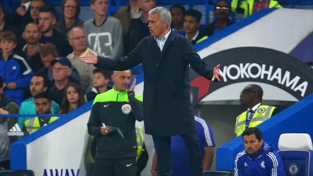 NYTT TAP: Ting går ikke på skinner for Chelsea og Jose Mourinho.
