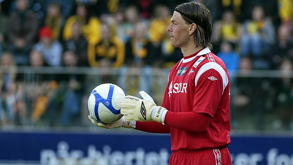 Nordmannen Kenneth Høie har voktet buret for Djurgården i samtlige seriekamper denne sesongen.