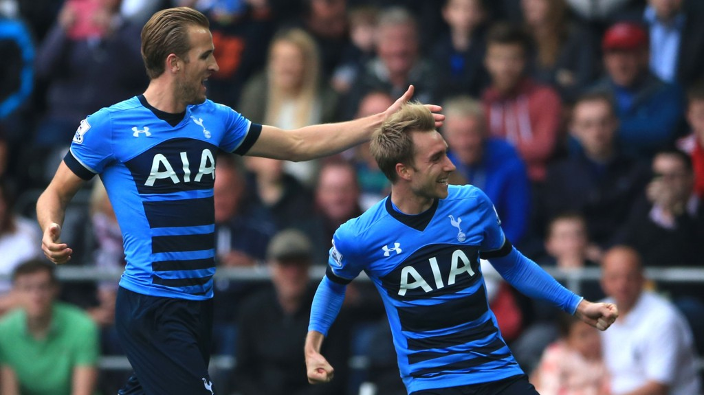 FRISPARKPERLER: Harry Kane (t.v.) kunne juble for at lagkamerat Christian Eriksen scoret to mål mot Swansea.