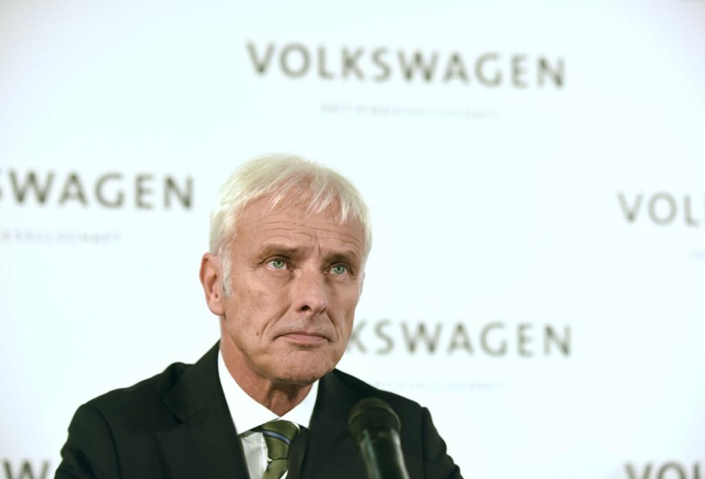 Programvaren Volkswagen har installert i sine dieselbiler viser feilaktig lave utslipp av helseskadelige stoffer når kjøretøyene testes. Ifølge beregninger fra Bellona har staten tapt minst 4 milliarder kroner i avgifter på utslippsjukset. Her selskapets nye sjef: Matthias Mueller.