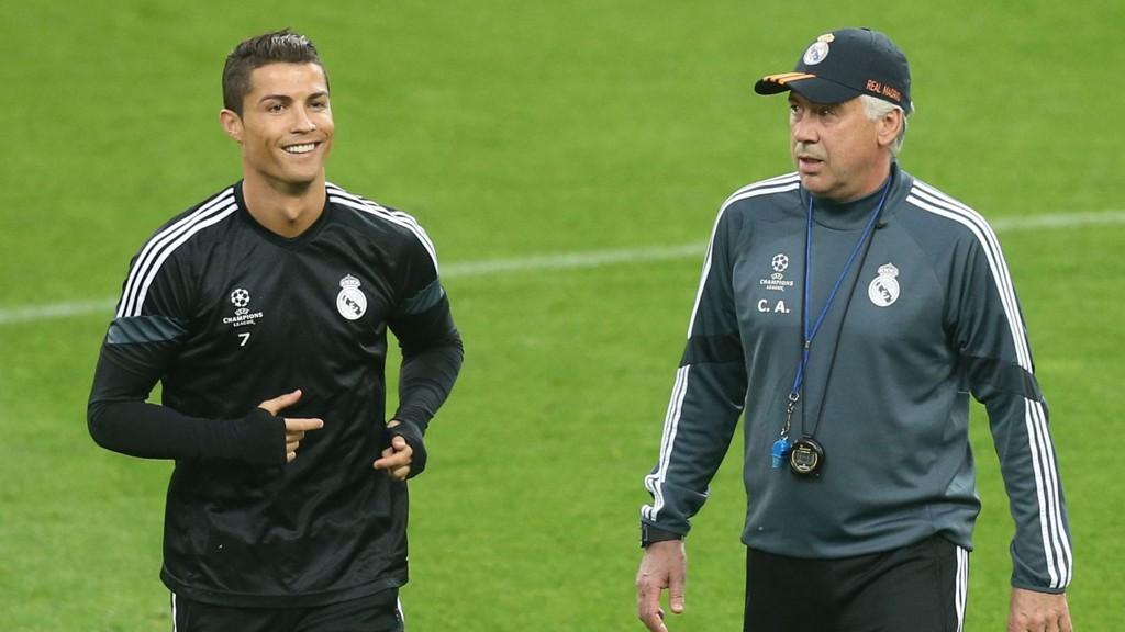 SUKSESS: Cristiano Ronaldo og Carlo Ancelotti vant Champions League sammen med Real Madrid i 2014.