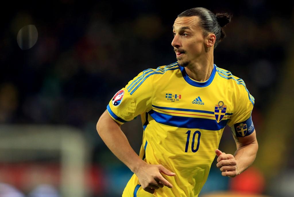 PLAY OFF: Zlatan Ibrahimovic og Sverigegikk ikke direkte til EM.