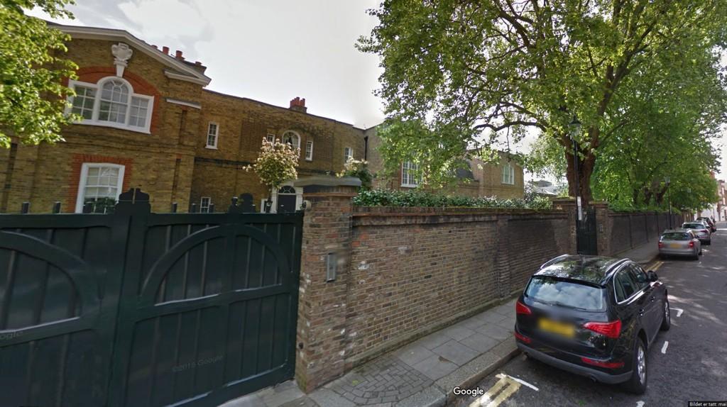 DYREST I DYREST BY: John Fredriksens eindom «The Old Rectory» er blant de desidert dyreste eiendommen i London - byen med flest luksusboliger i verden.