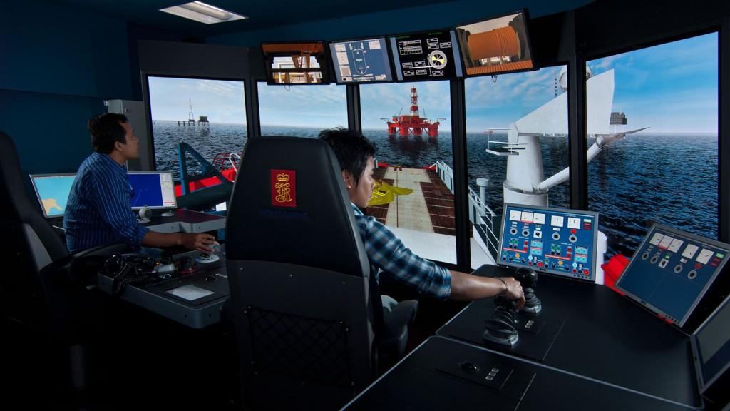 Kongsberg Gruppens datterselskap Kongsberg Maritime nedbemanner. Her en offshore-simulator fra Kongsberg Maritime.