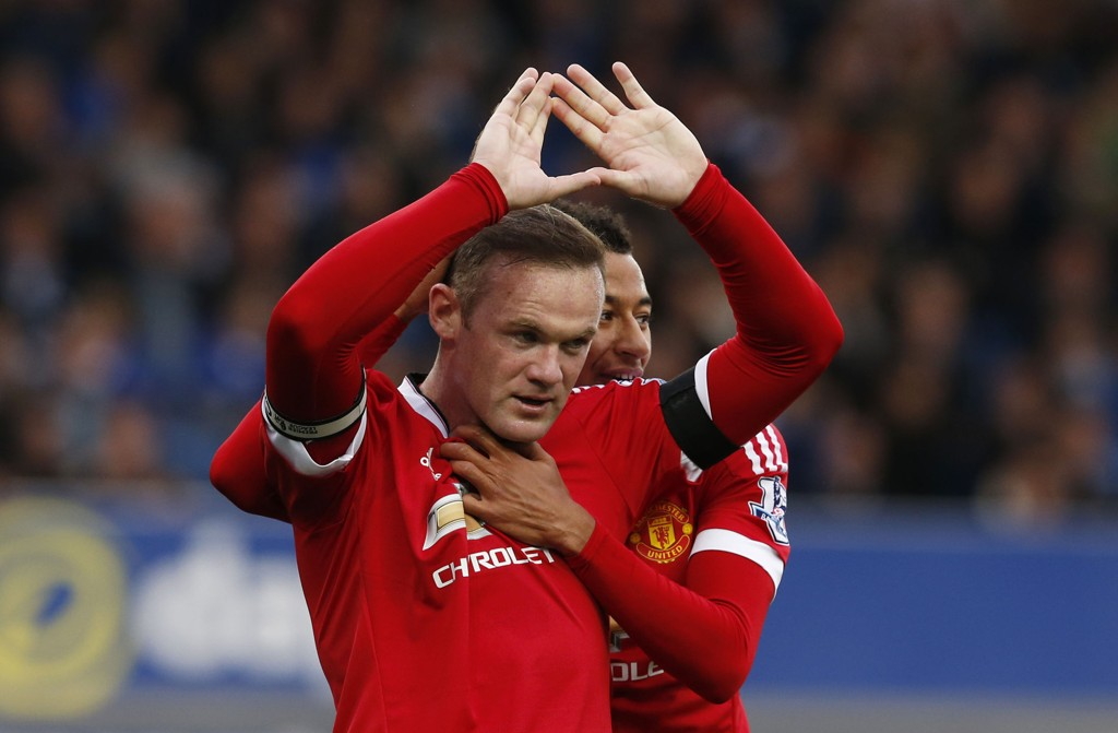 HANDS UP: Wayne Rooney avstod fra å feire mot gamleklubben Everton.