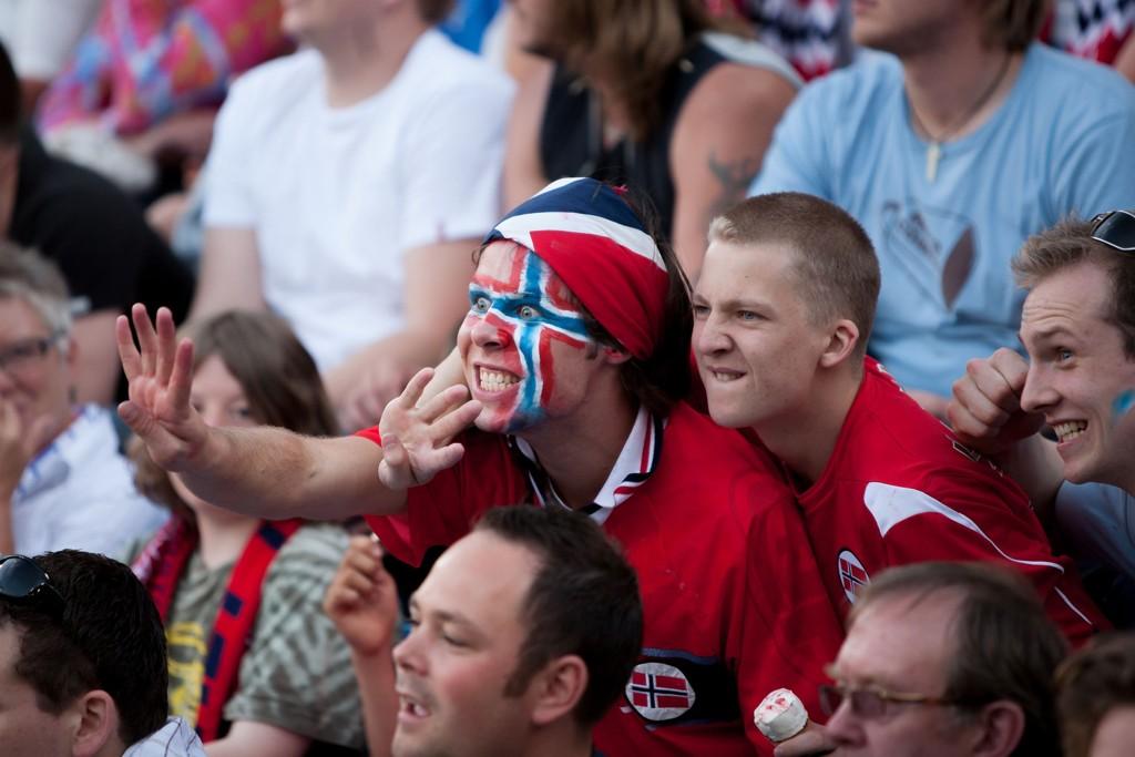 FOLKEFEST I UNGARN: Norske supportere kommer til å valfarte til Budapest for å se bortekampen i playoffen