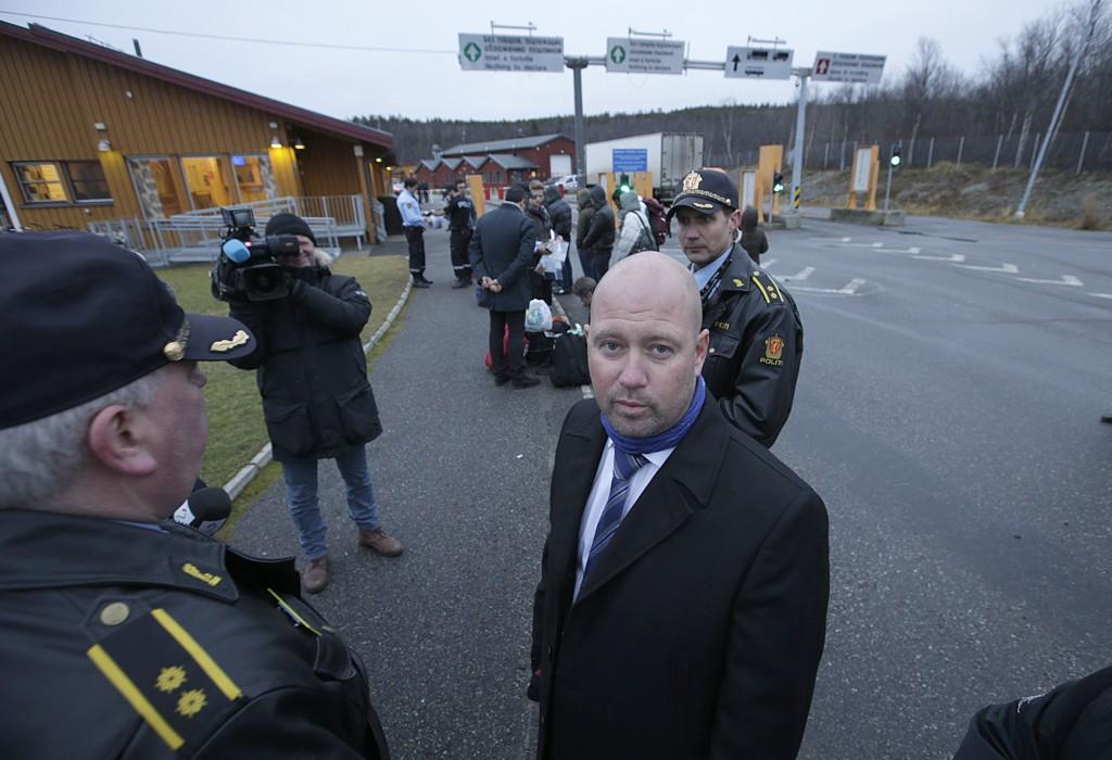 Justisminister Anders Anundsen besøkte grenseovergangen på Storskog på tirsdag.