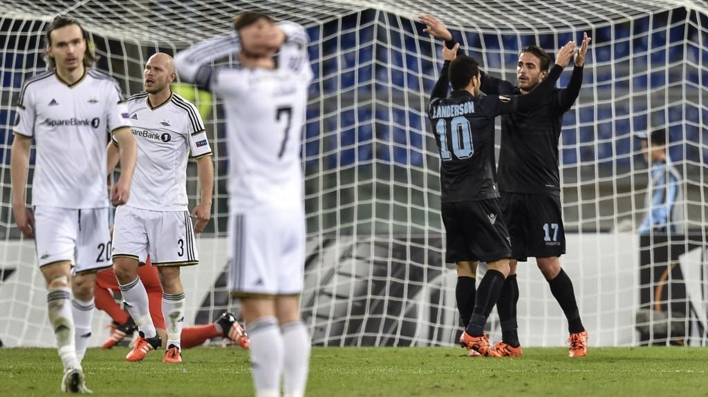 TAPTE: Ole-Kristian Selnæs og lagkameratene har all grunn til å deppe etter tapet for Lazio.
