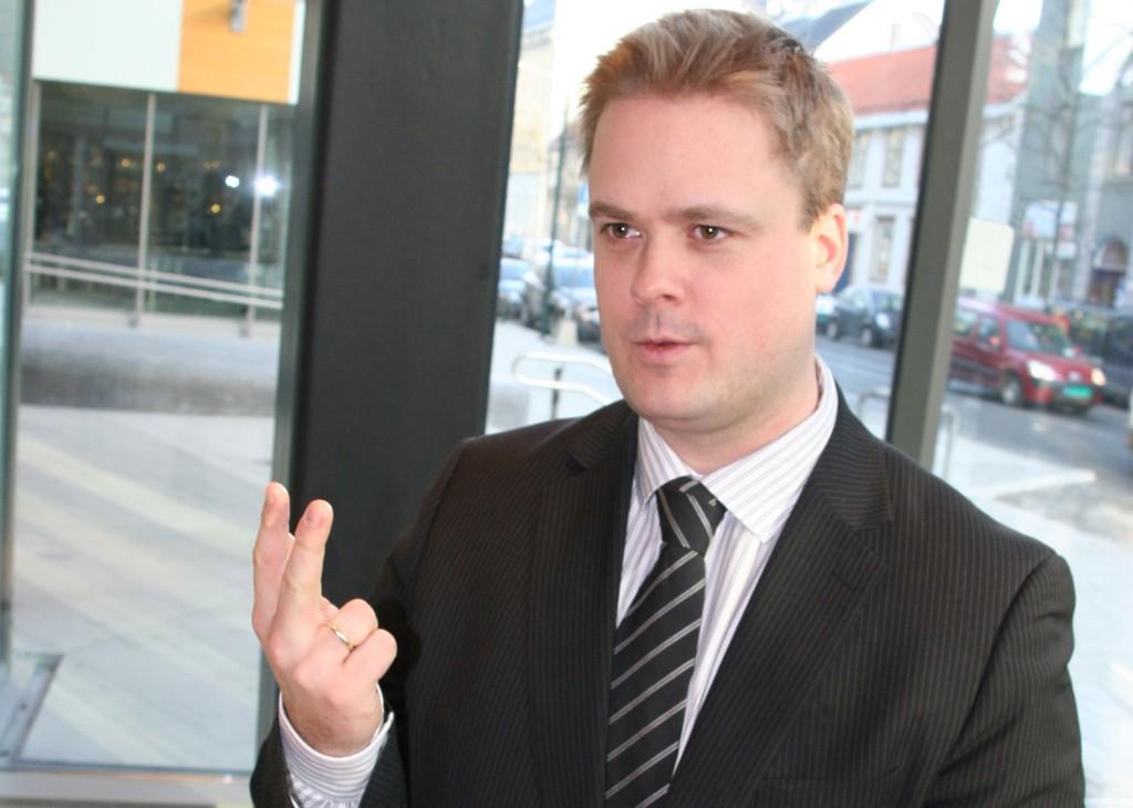 Privatøkonom i SpareBank 1 SMN Endre Jo Reite har regnet ut hvor mye norske boliglnskunder må betale for å komme seg ut av eksisterende fastrenteavtaler.