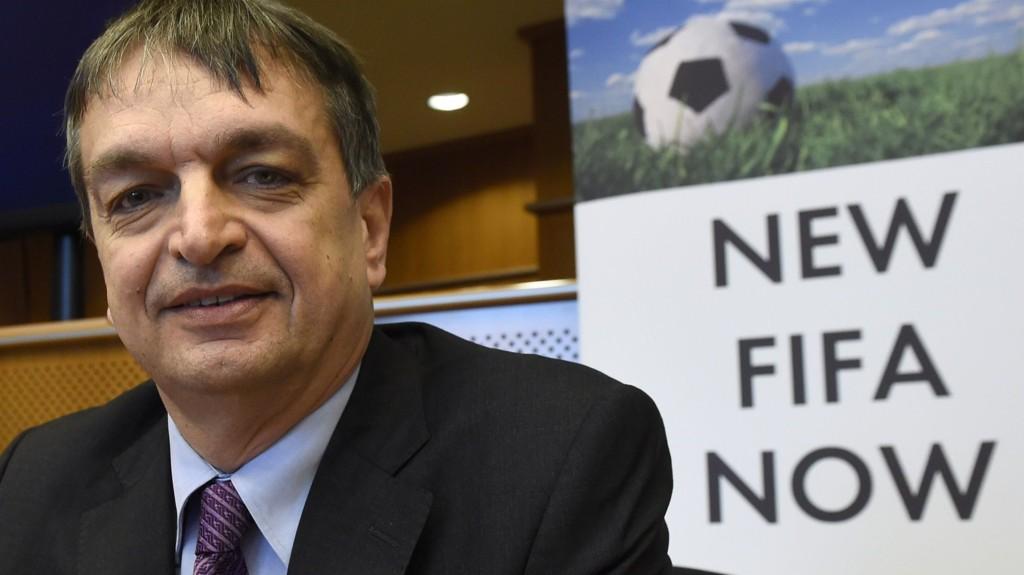 Jérôme Champagne har offisielt lansert sitt kandidatur som FIFA-president. Franskmannen fikk ikke tilstrekkelig støtte forrige gang han forsøkte.