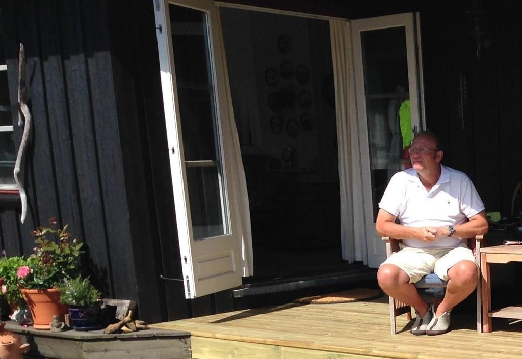 RÅDYR NATT PÅ HYTTA: Håkon Beckman betalte over 500 kroner i strøm for én natt på hytta.