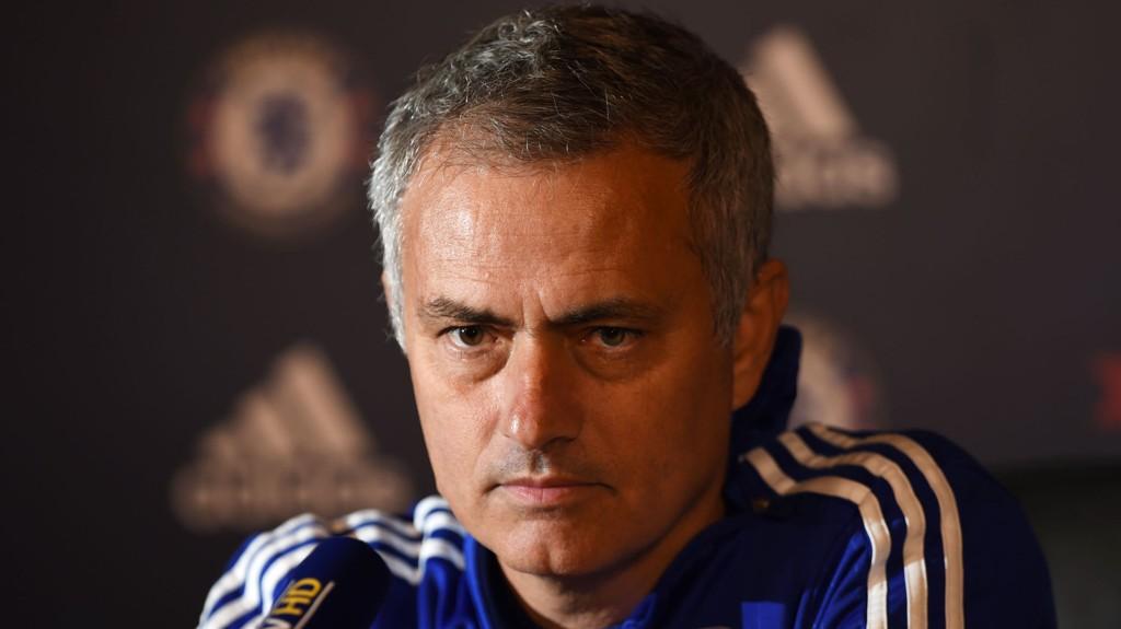 Chelseas Nemanja Matic ble byttet ut etter bare en halvtime mot Southampton nylig. Serberen avviser imidlertid at det er trøbbel mellom ham og trener José Mourinho.