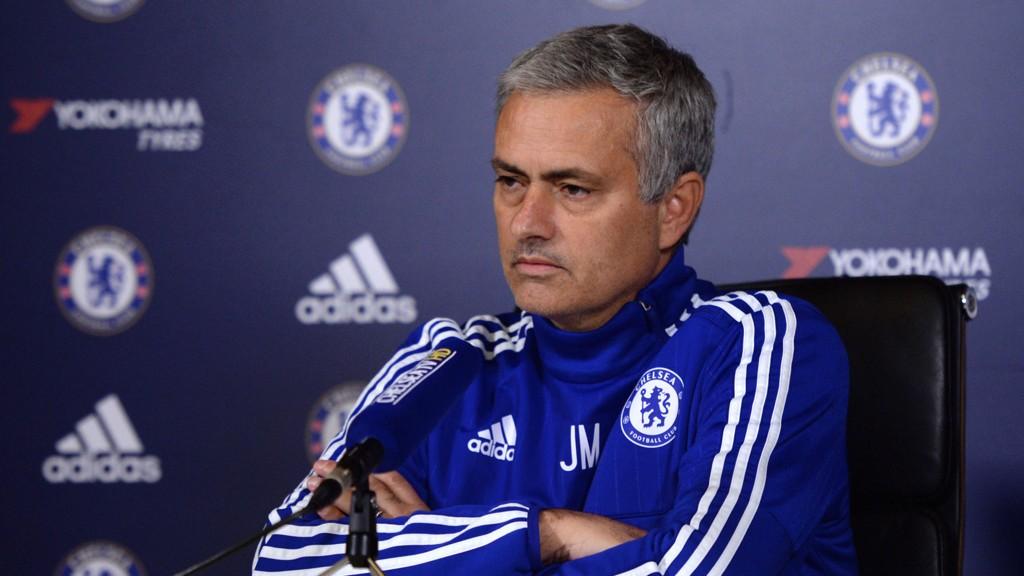 GRETTEN: Jose Mourinho var i et dårlig humør under fredagens pressekonferanse.