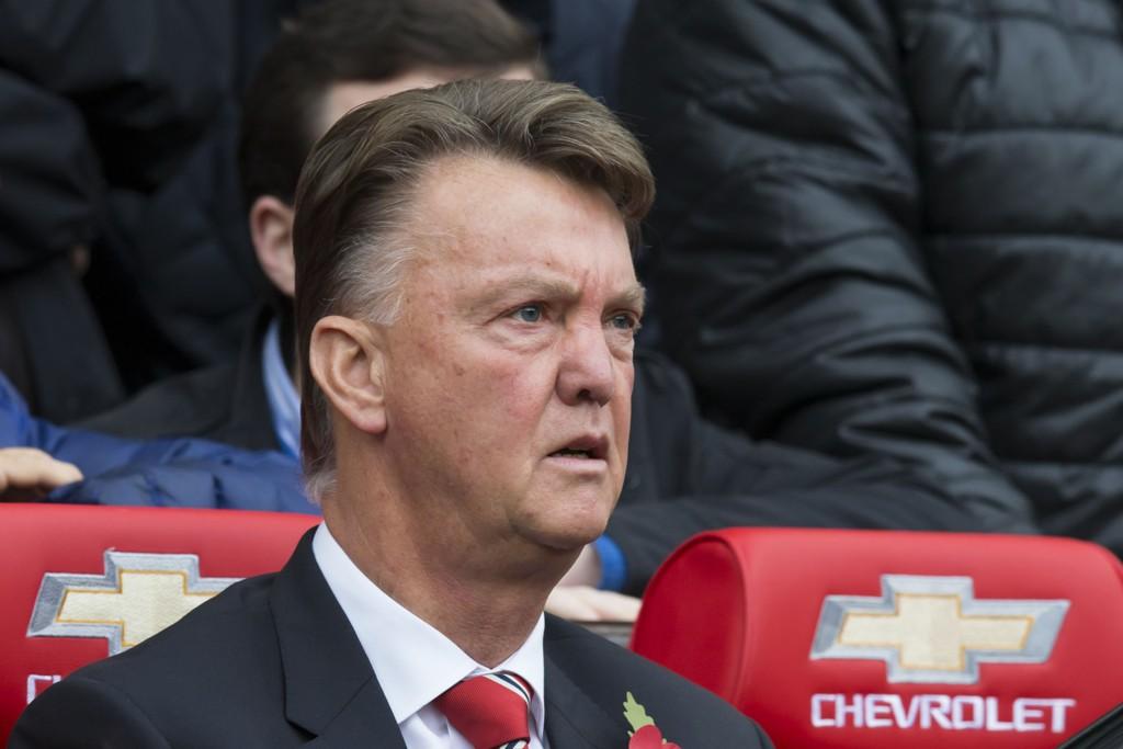 MÅLLØS: Louis van Gaal ser på mens hans Manchester United spiller 0-0 i helgens derby.