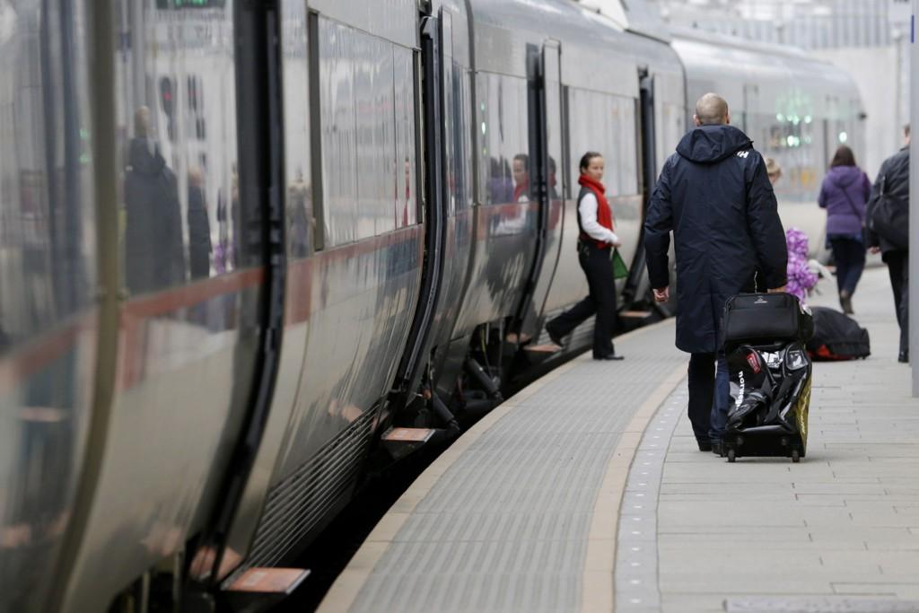Alle tog står nord for Oslo fredag morgen etter en signalfeil.