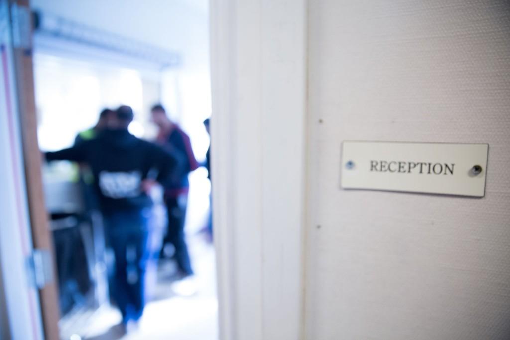 KURS: Selskapet Hero, som driver en rekke flyktningemottak i Norge, har siden 2011 hatt kurs som går på å forebygge voldtekt. Nå vil danskene kopiere oppskriften. (Illustrasjonsfoto).