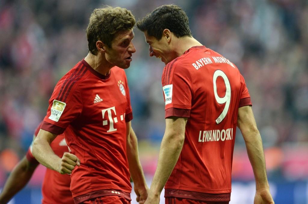 BROTHERS IN ARMS: Thomas Müller og Robert Lewandowski er en dødelig duo for Bayern München.