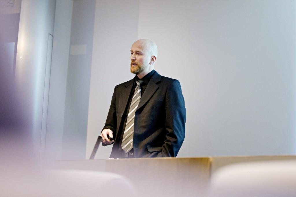 Oljeanalytiker Torbjørn Kjus i DNB Markets tror oljeprisen skal opp de neste årene. Foto: Thomas Winje Øijord / Scanpix