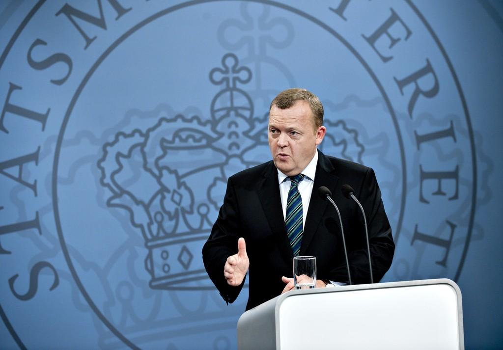 Statsminister Lars Løkke Rasmussen varsler strammere asylpolitikk.
