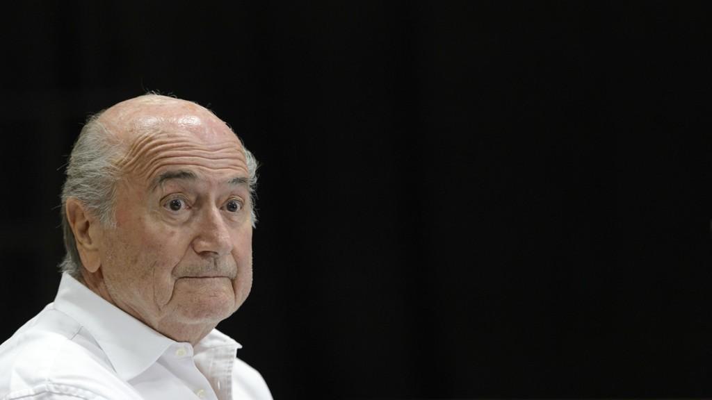 INNLAGT: Sepp Blatter er innlagt på sykehus.