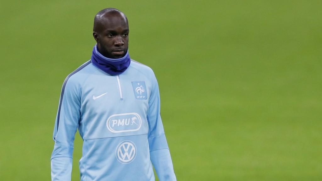 Frankrikes Lassana Diarra mistet søskenbarnet sitt under terroranslagene i Paris.
