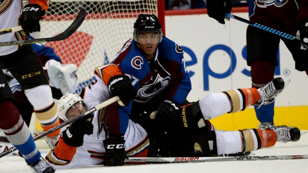 TAP I NATT: Andreas Martinsen og Colorado Avalanche tapte 5-1 i nattens oppgjør i NHL. Dette bildet er fra en oppkjøringskamp tidligere i høst.
