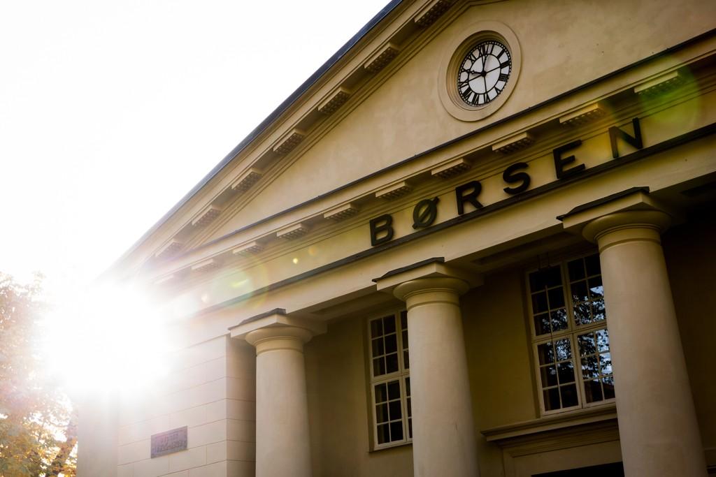 Nettmegleren Netfonds tror Oslo Børs vil åpne ned 0,1 prosent onsdag.