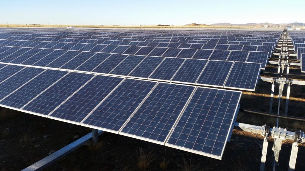 Aksjonærene Itochu Corporation og Scatec AS selger seg ned i Scatec Solar.