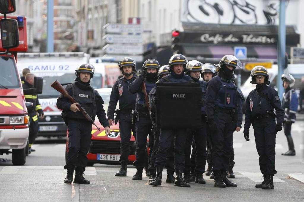 Det har vært en massiv politiaksjon i Saint-Denis onsdag.