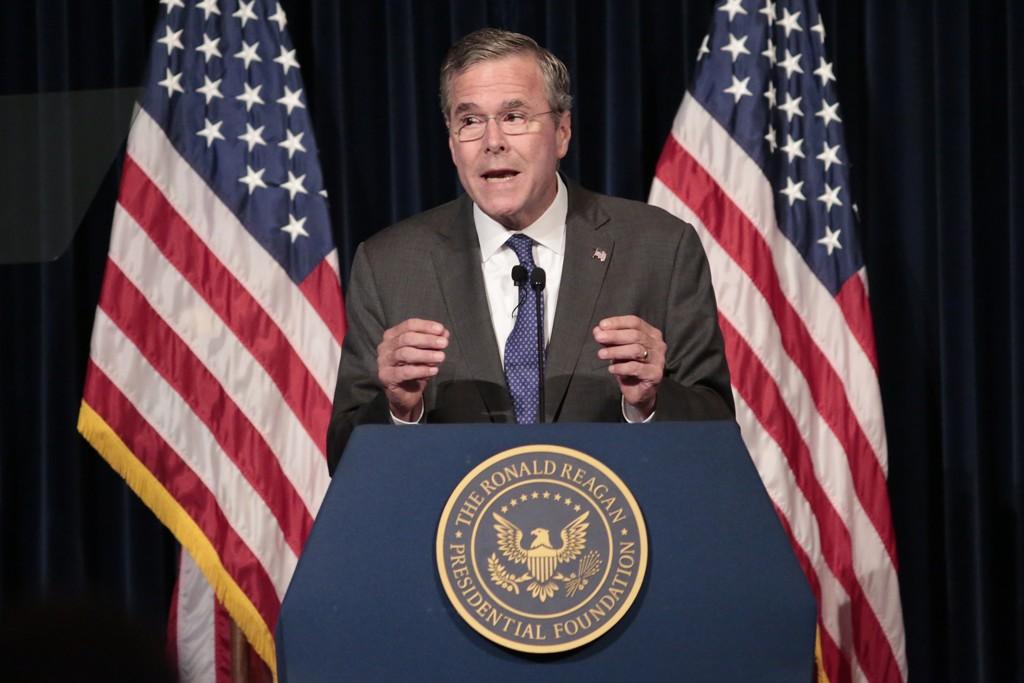 VIL HA BAKKESTYRKER: Jeb Bush vil bli president i USA. Nå mener han at USA må sende flere bakkestyrker til Irak for å delta i kampen mot IS.