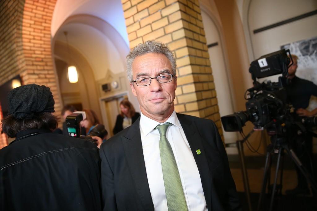 Rasmus Hansson og Miljøpartiet De Grønne legger fram sitt alternative budsjett tirsdag.