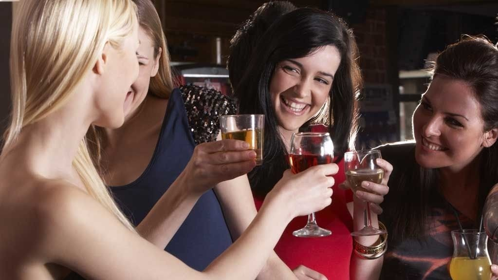Julebord handler gjerne om alkohol. Mye alkohol. Det kan være en dårlig idé.