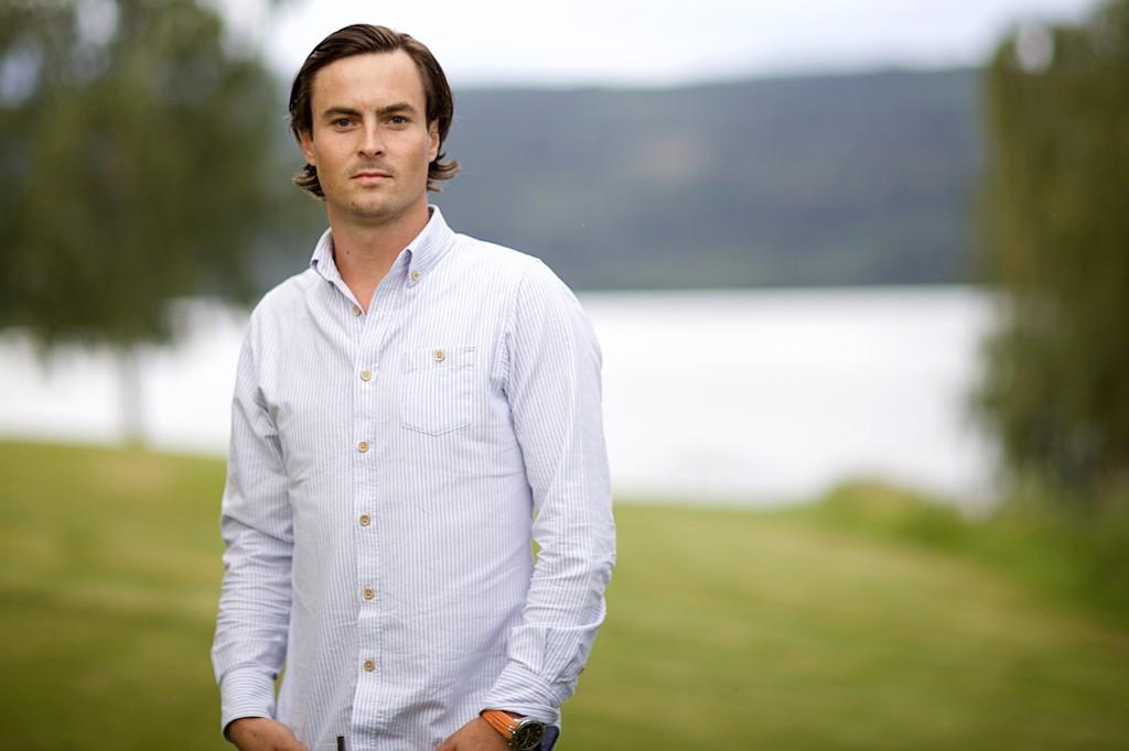 MÅTTE DRA FRA GÅRDEN: Mads Fosdal (28) måtte forlate «Farmen» fordi han skal møte som tiltalt i en rettssak.