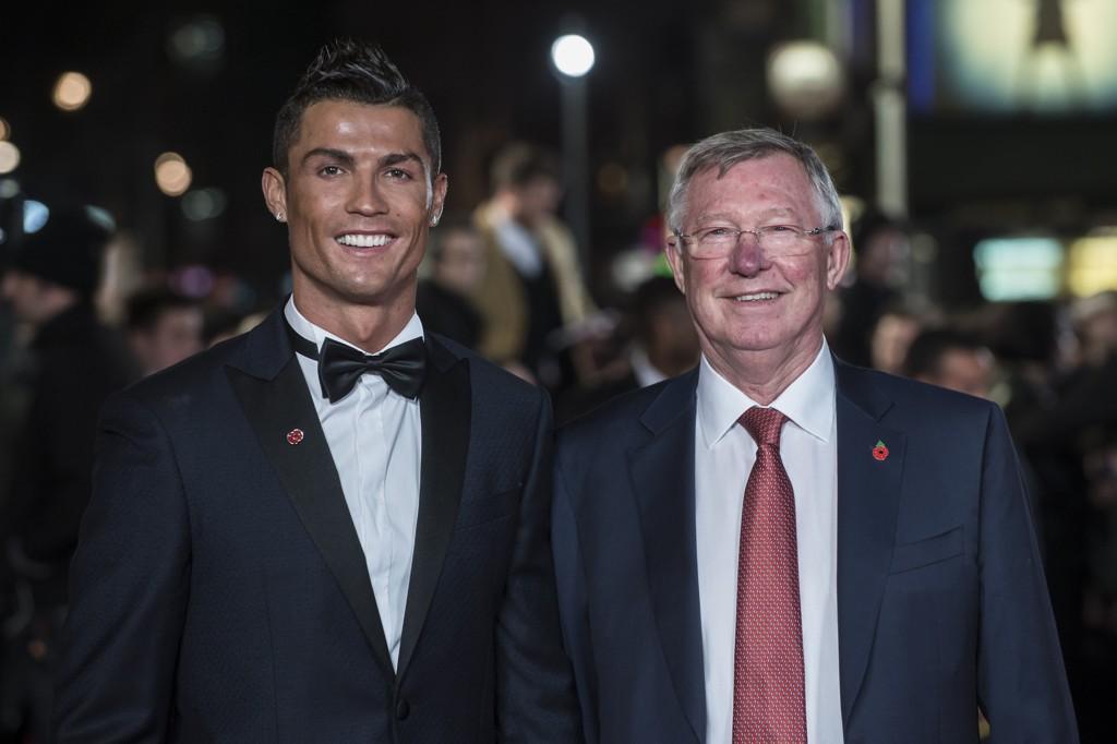 VENNER: Sir Alex Ferguson og Cristiano Ronaldo er fortsatt gode venner. Her fra premieren på Ronaldos nye dokumentar.