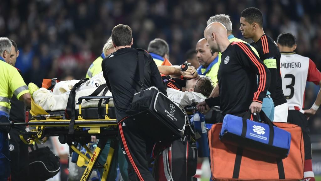 Luke Shaw har ikke gode minner fra kampen mot PSV i september, hvor han ble fraktet av banen med to brudd i beinet.