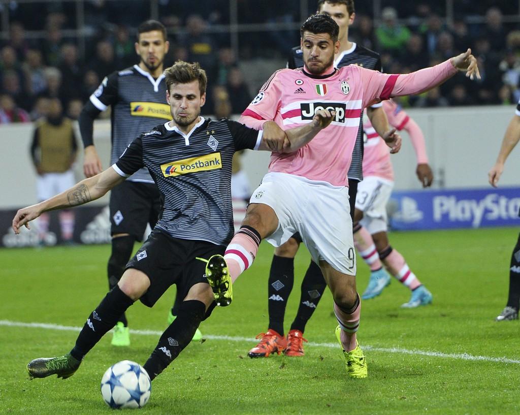 FIGHTER: Håvard Nordtveit nyter masse spilletid for Borussia Mönchengladbach for tiden. Det må være derfor de vinner så mye.