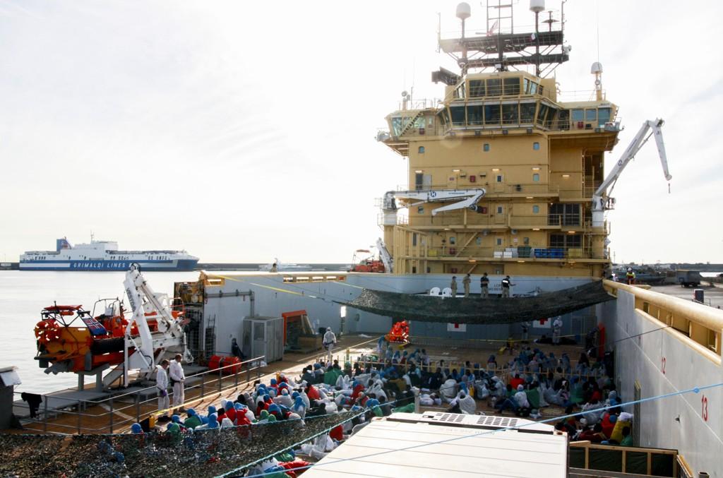 FLYKTNINGEKRISE: Siem Pilot, som ble med i Frontex' Operasjon Triton i juni, har med helgens redninger brakt totalt 10.558 personer i land i Italia.