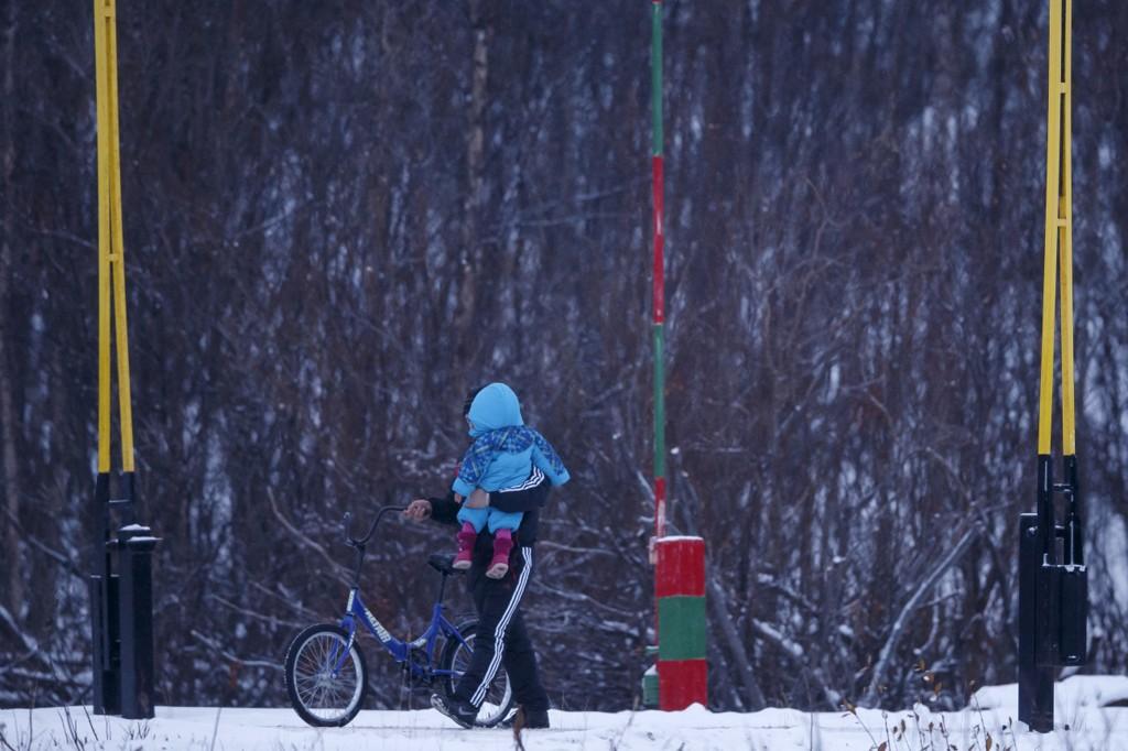 I et begrenset prøveprosjekt i høst har UDI kun intervjuet syriske asylsøkere hvis politiet er i tvil om identiteten, om søkeren kan utgjøre en trussel for Norge, eller om søkeren kan ekskluderes fra å få flyktningstatus.