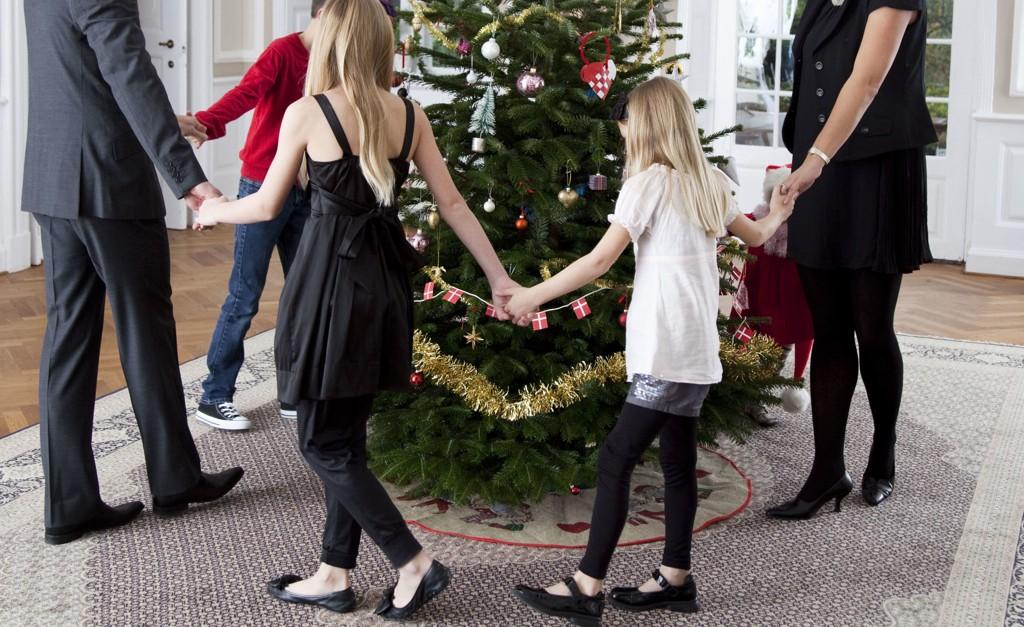 Kanskje best å holde seg unna den klassiske julesangen «Jeg er så glad hver julekveld»?