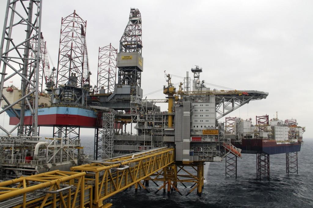 Oljeprisen faller stadig lenger ned. Her Eldfisk II-prosjektet i Nordsjøen. Foto: Kristian Skårdalsmo / NTB scanpix